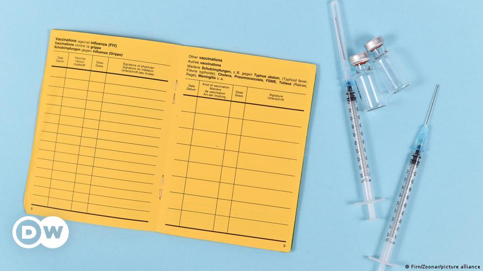 Coronavirus: EU leaders to consider vaccine passports