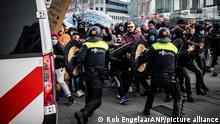 Proteste gegen Pandemie-Beschränkungen | Niederlande Eindhoven