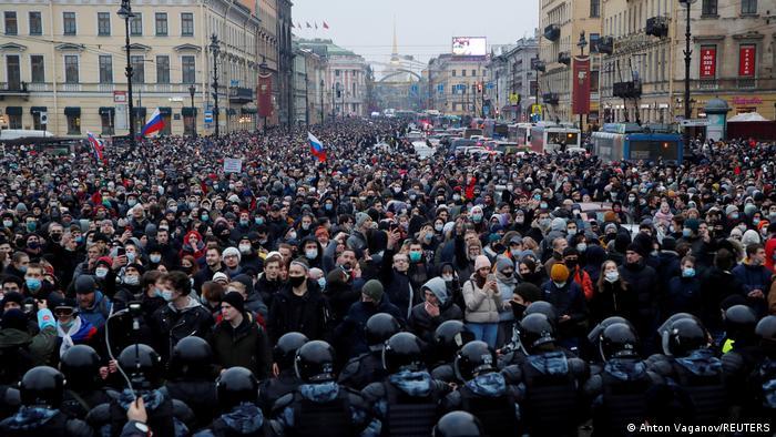 Διαδήλωση υπέρ του Ναβάλνι στην Αγία Πετρούπολη στις 23 Ιανουαρίου