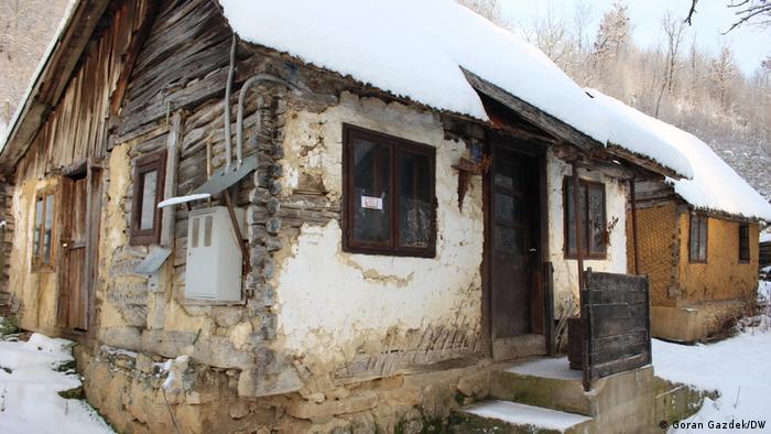 Das durch das Erbeben am 28.12.2021 beschädigte Haus der Familie Ognjenović in Švrakarica, einem Dorf rund 50 Kilometer entfernt von der kroatischen Stadt Sisak