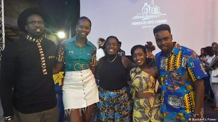 """BarbarA's Power se promociona en redes sociales, educando también sobre """"cultura afro"""" y """"afroemprendimiento""""."""