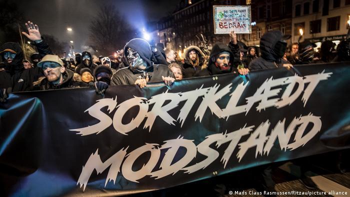 Aksi protes atas kebijakan lockdown corona di Copenhagen, 23 Janauari 2021
