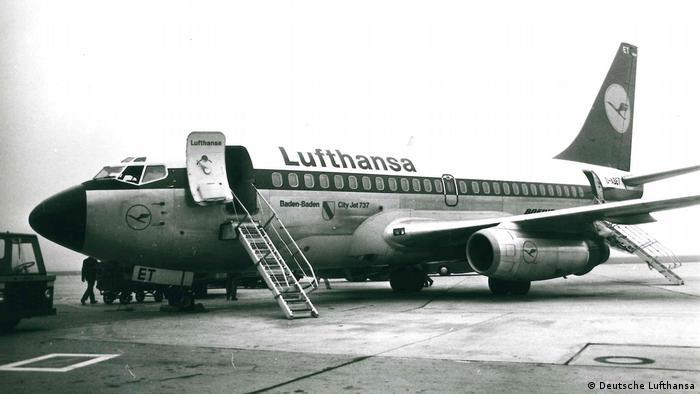 Weltpremerie: Als erste Fluggesellschaft setzte die Lufthansa 1968 die zweistrahlige Boeing 737-100 im Liniendienst ein