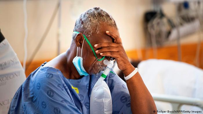 A patient with the COVID-19 breaths in oxygen in the COVID-19 ward at Khayelitsha Hospital