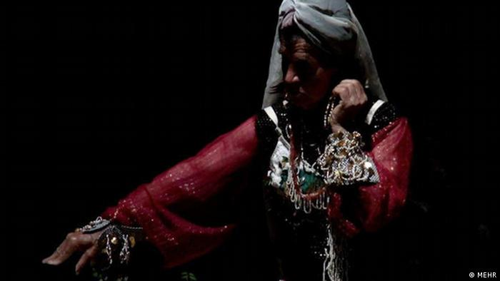 صحنه ای از فیلم مستند «خرامان»