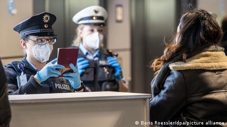 Υποχρεωτικό τεστ για όσους επιστρέφουν στη Γερμανία