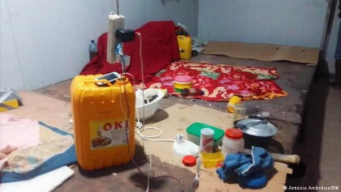 Angola Arbeiterschlafsaal der Firma Sino Ord