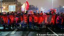 Polen Protest gegen verschärftes Abtreibungsgesetz in Warschau