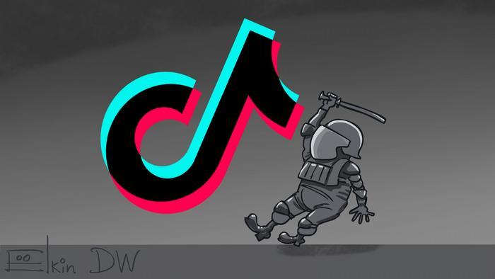 Карикатура Сергея Елкина - символ TikTok и замахивающийся на него дубинкой омоновец.