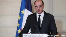 Paris   Premier Minister Jean Castex kündigt neue Corona Maßnahmen an