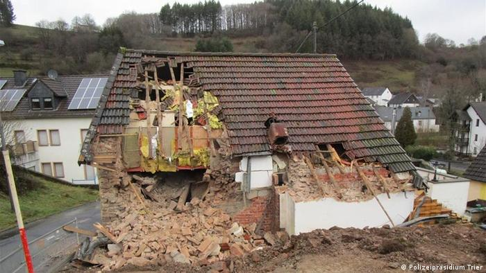 The house reportedly risked collapsing and needed to be demolished