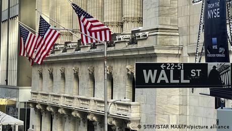 Μικροεπενδυτές εναντίον hedge funds στις ΗΠΑ
