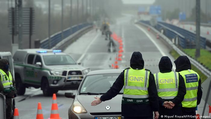 Portuguese border police checking cars