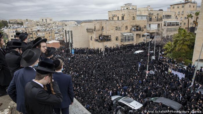 Погребението на Мешулам Довид Соловейчик