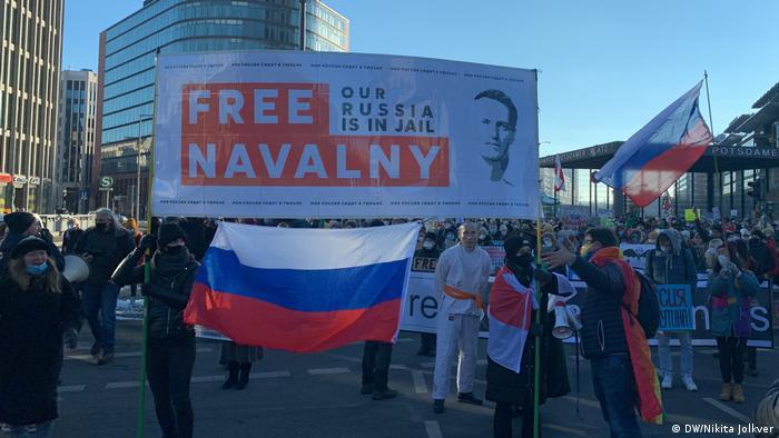 Акция в поддержку Алексея Навального 31 января в Берлине