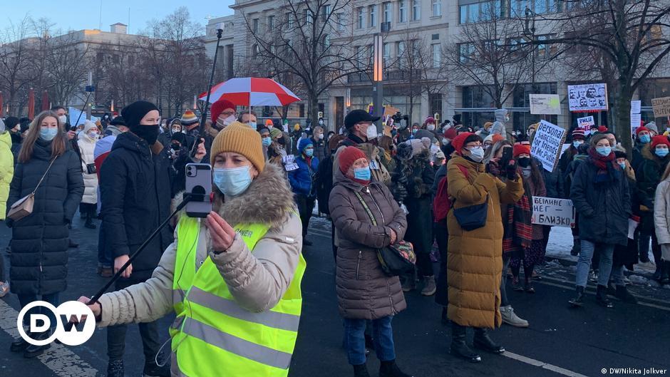 Rusya sosyal medyadaki protesto çağrılarını yasaklıyor