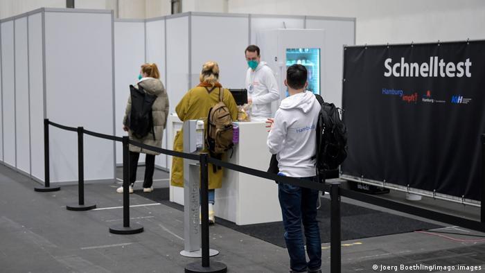 Deutschland Impfzentrum Hamburg Coronavirus