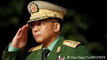 ژنرال مین آونگ هلینگ فرمانده ارتش میانمار