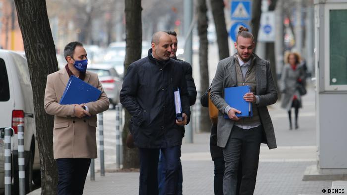 Цветан Цветанов и част от екипа му преди консултацията с президента Румен Радев през януари 2021