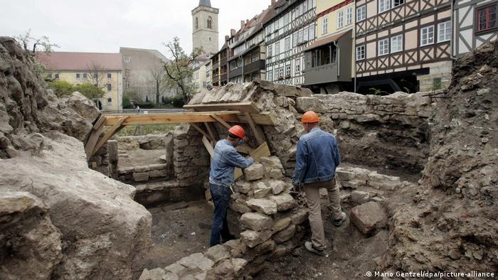 Эрфуртская миква во время раскопок в 2007 году