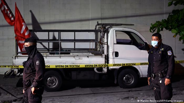 El Salvador, FMLN party truck