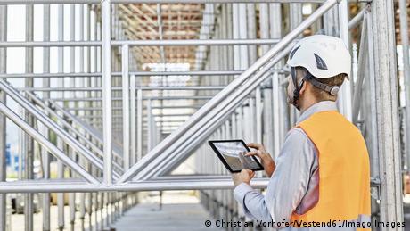 Εξοικονόμηση δισ. στις κατασκευές μέσω ψηφιοποίησης