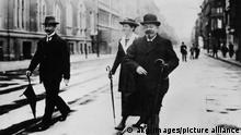 Deutschland | Reichskanzler Friedrich Ebert mit Gattin Louise