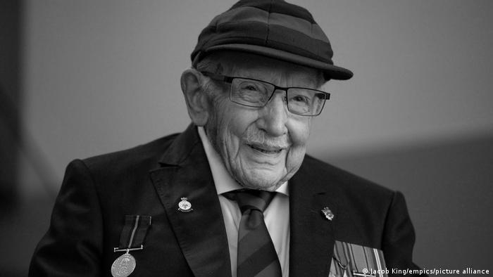 Ветеран Второй мировой войны Томас Мур, чёрно-белый снимок