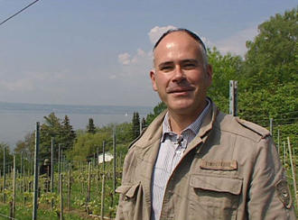 Manfred Aufricht at his vineyard