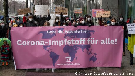 Demonstration gegen Patentschutz bei Corona-Impfstoffen