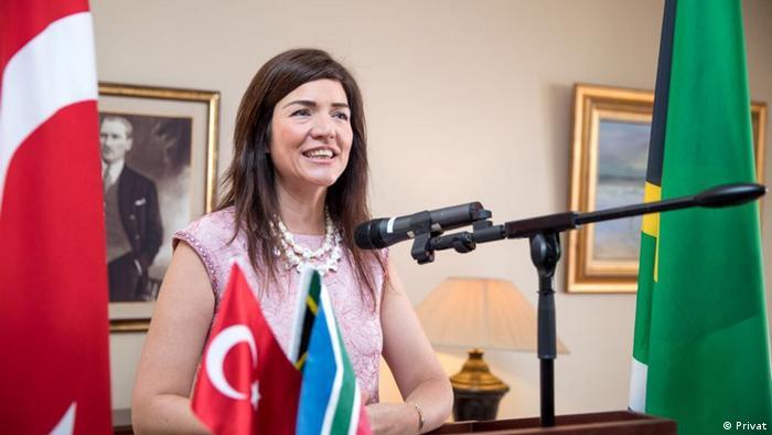 Türkiye'nin Güney Afrika Büyükelçisi Elif Komoğlu Algen