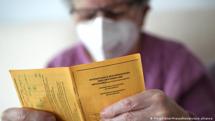 Deutschland Corona-Pandemie   Impfpass