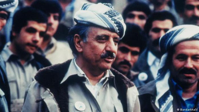 عبدالرحمان قاسملو دبیرکل حزب دموکرات کردستان ایران و عبدالله قادریآذر در روز ۲۲ تیر ۱۳۶۸ (۱۳ ژوئیه ۱۹۸۹) در حالی که با نمایندگان جمهوری اسلامی دربارهٔ حل مسالمتآمیز مسئله کردستان بر سر میز گفتگو نشسته بودند در وین، پایتخت اتریش کشته شدند.