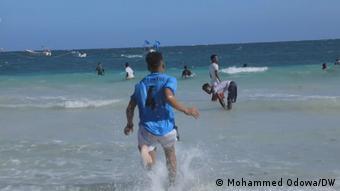 Videoscreenshot | Somalia - Strand in Mogadishu