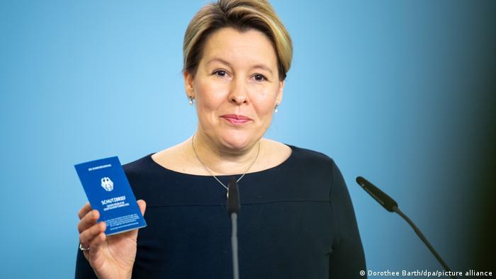 Deutschland Vorstellung Schutzbrief gegen weibliche Genitalverstümmelung | Franziska Giffey