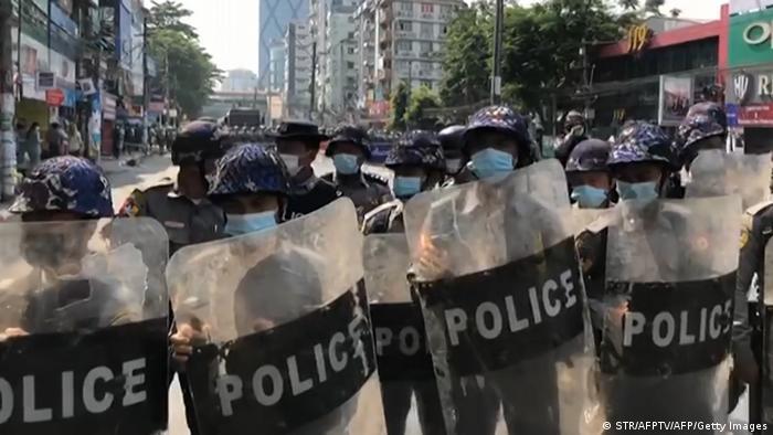 Myanmar Rangun   Proteste nach Militärputsch