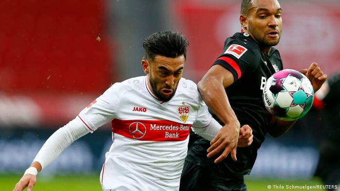 Después de dos derrotas seguidas, el equipo renano subió con esta goleada a una muy apreciada cuarta casilla y compite temporalmente por un puesto a la Champions. El Stuttgart, en la décima casilla, solo puede aspirar a mantenerse en la primera división del fútbol alemán.