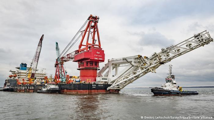 Работы по строительству газопровода Северного потока - 2 у берегов Германии, январь 2021 года