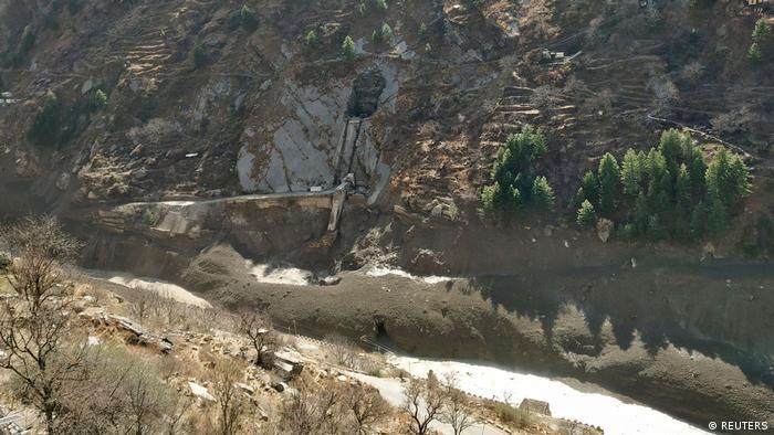 Sebuah bendungan lain di distrik Chamoli, Uttarakhand, mengalami kerusakan akibat terjangan air.
