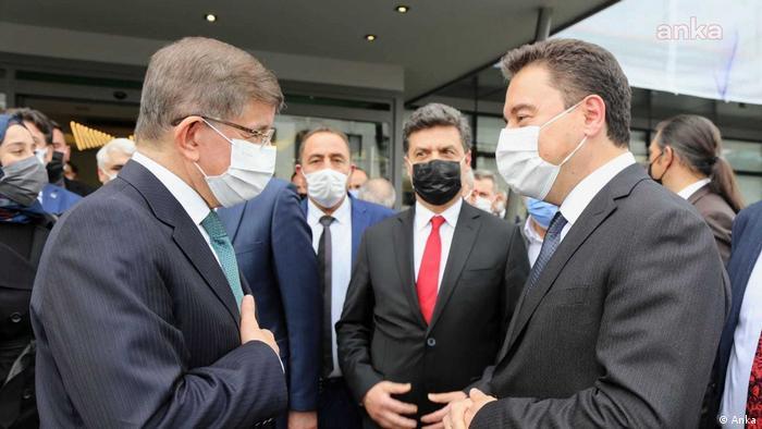 Gelecek ve DEVA partilerinin liderleri Ahmet Davutoğlu ve Ali Babacan