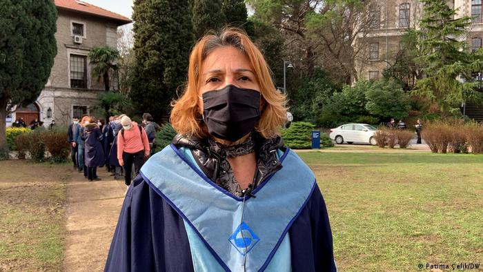 زينب غامبيتي، أستاذة العلاقات الدولية والسياسة بجامعة بوغازيتشي