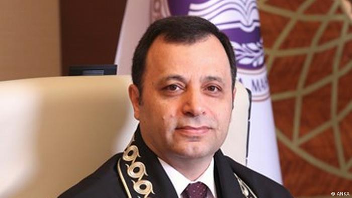 AYM Başkanı Zühtü Arslan