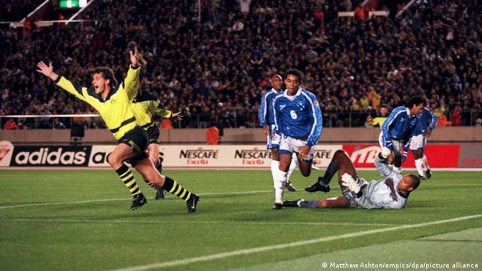 1997 - Zorc seals victory for Dortmund