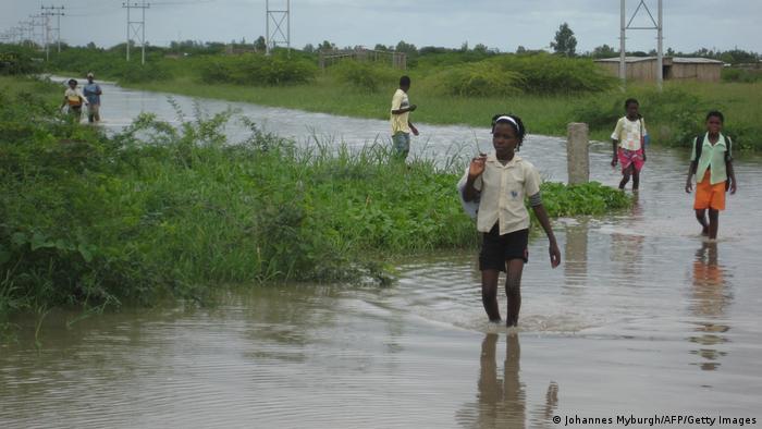 Inundações causadas pelo transbordo do rio Limpopo em Gaza, Moçambique - Fotografia de arquivo