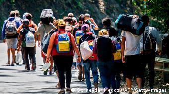 Kolumbia Imigracja l Uchodźcy z Wenezueli - autostrada w Cúcuta