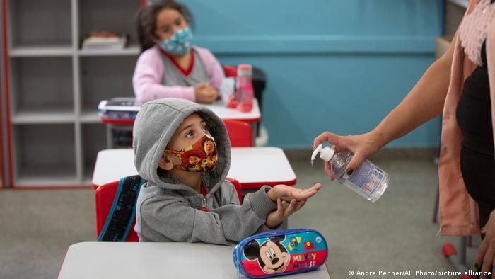 Children wearking masks in school