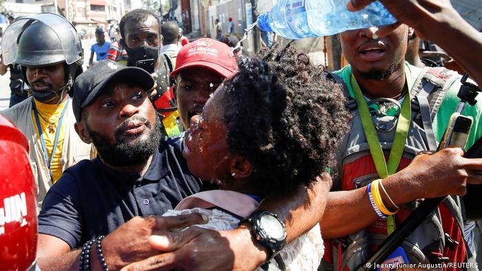 Weltspiegel 11.02.2021 | Haiti Port-au-Prince | Proteste, Journalistin