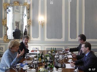 Меркель и Медведев на пресс-конференции