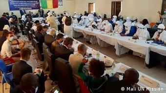Une vue des participants à la réunion de Kidal