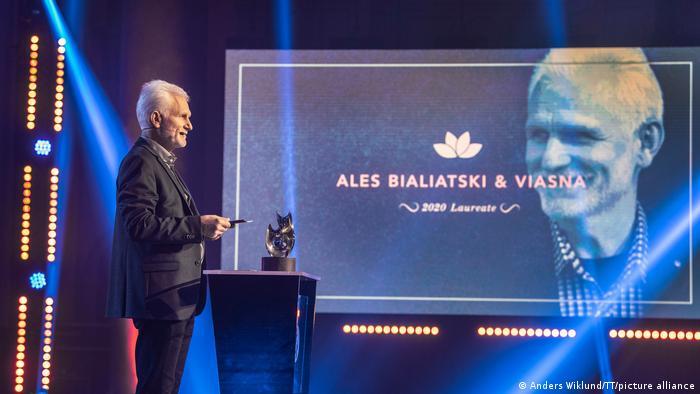 Алесь Беляцкий на вручении альтернативной Нобелевской премии в Стокгольме